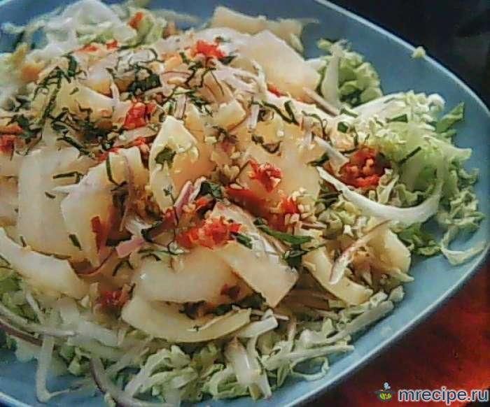 Быстрый салат с кальмарами