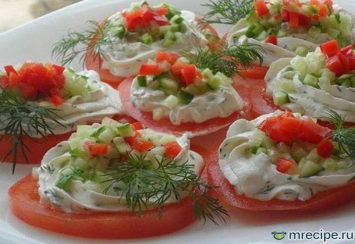 Весенний творожный салат