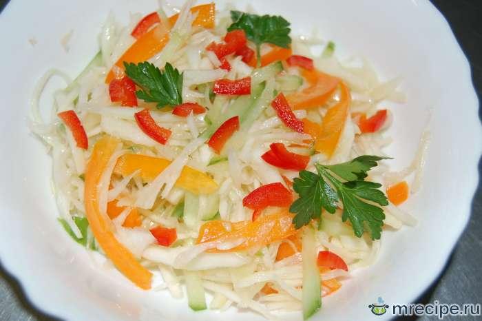 Консервированный салат из овощей